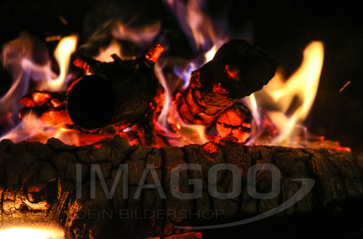 101094 – Lagerfeuer